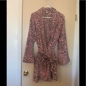 Ulta pink and black cheetah print short robe